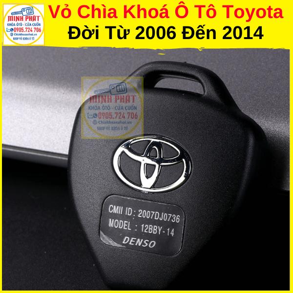 Thay vỏ chìa khoá xe Toyota Camry đà nẵng